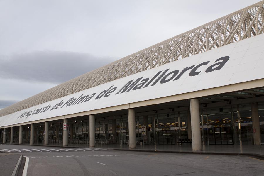 El aeropuerto de palma de mallorca conecta con b rgamo y - Transportes palma de mallorca ...